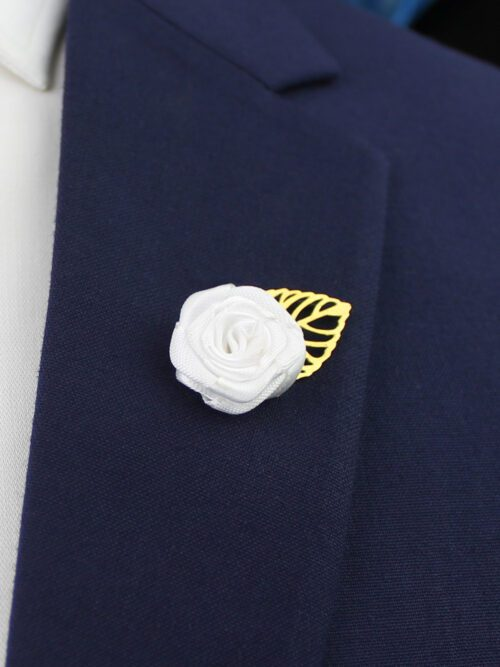 WHITE LAPEL PIN FLOWER