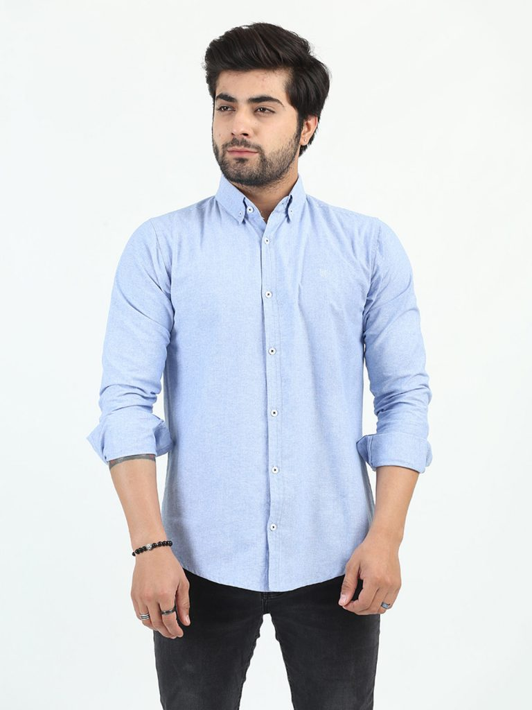 3-SummerCasual Style A wide collar striped shirt in linen or cotton fabric, is perfect for making stylish summer casual looks in hotter weather, both home and outside. Try pairing with casual ready-made shorts, loose trousers. For a summer wedding, you can wear a long-sleeved design underneath a fashionable blazer and chinos.